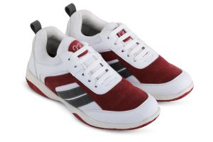 Sepatu olahraga