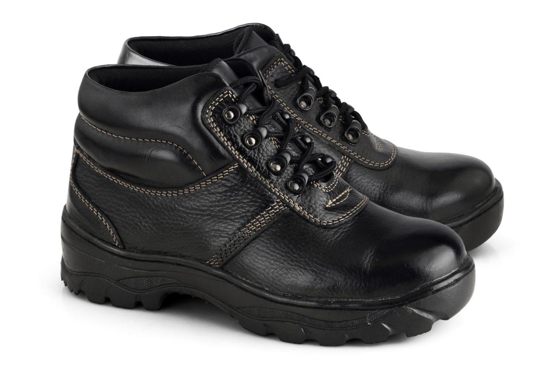 Pengrajin Sepatu Cibaduyut 4