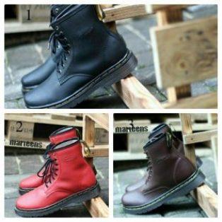 Sepatu boots pria Dr. Martens