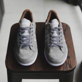 Sepatu adidas capler sneakers tali