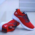 Sepatu sport adidas olahraga